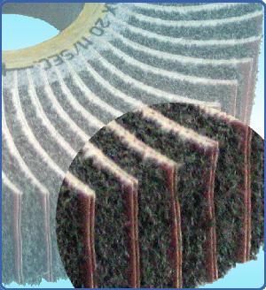 Furatos csiszolóvászonnal kombinált vlies korongok - NTI